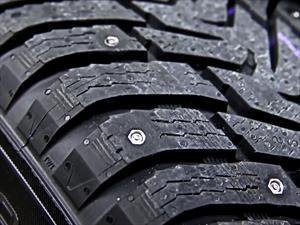 Nokian desarrolla neumáticos con clavos retráctiles
