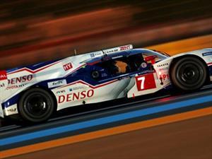 Le Mans, Toyota larga en la pole