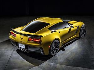 Chevrolet Corvette Z06 2015 debuta