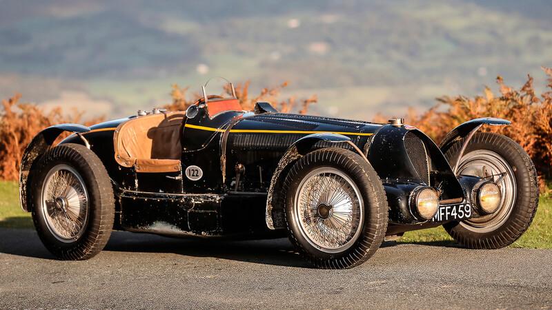 A la venta tres Bugatti clásicos de hace casi un siglo