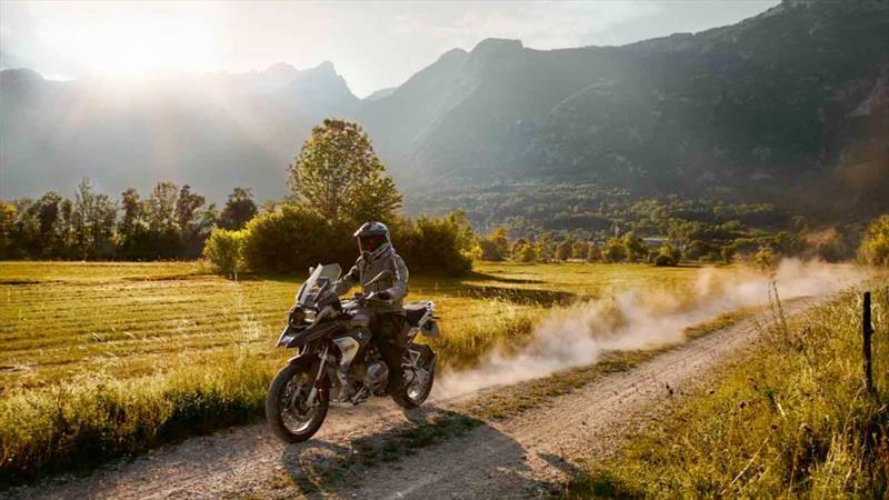 Chile en dos ruedas: BMW Motorrad llega a las RRSS