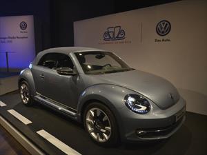Volkswagen Beetle Convertible Denim, un auto de festejo