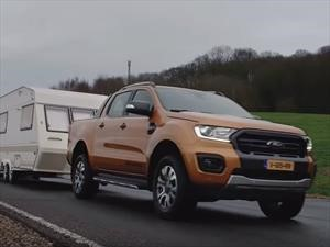 Video: Ford Ranger tira 15 remolques de una
