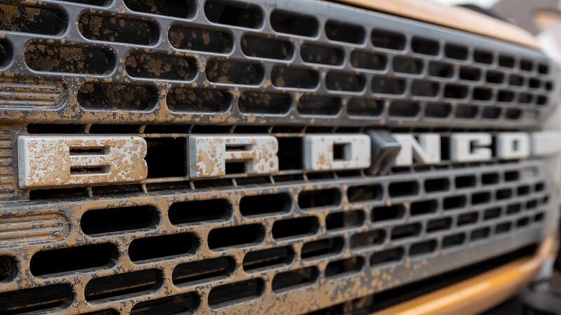 Ford le peleará al Wrangler en todos los frentes: se viene el Bronco híbrido y el 100% eléctrico