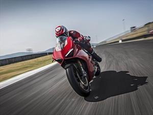 Ducati Panigale V4, vuelven los cuatro cilindros