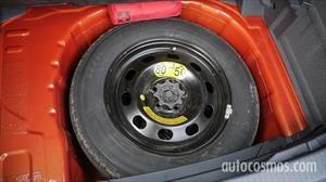 Autocosmos Responde ¿Por qué criticamos las ruedas de auxilio temporales?