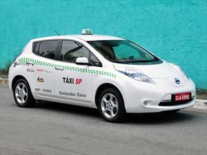 Nissan devela el Leaf Taxi en San Pablo 2012