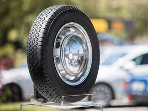 Pirelli estrena línea de llantas para carros clásicos