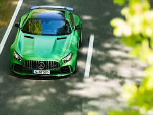 Mercedes-AMG GT R 2018, el infierno es verde