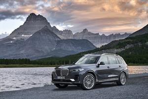 BMW X7 2019, imponente SAV bávara