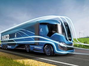 Iveco desarrolla un camión que logra 2.200 kms de autonomía