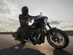 Harley-Davidson Sport Glide 2019, doble actitud