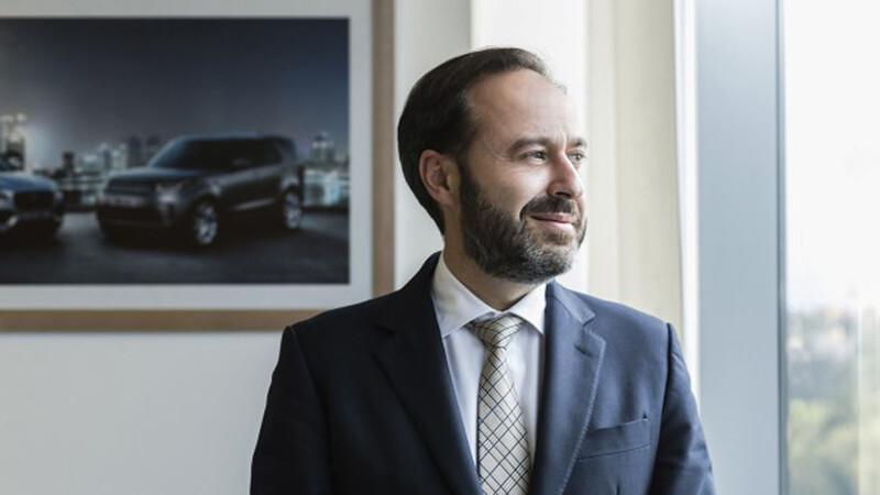 Raúl Peñafiel, CEO de Jaguar - Land Rover, nos cuenta acerca de la llegada del Defender a México