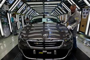 PSA Peugeot-Citroën acepta como accionista a Dongfeng