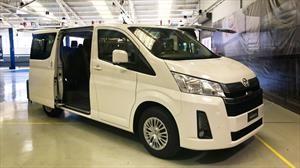 Toyota Hiace 2019 tiene versiones para pasajeros