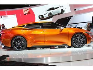 Nissan Sport Sedan Concept se presenta