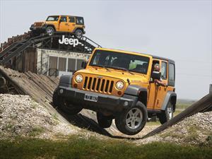 Jeep veranea en las arenas de Cariló