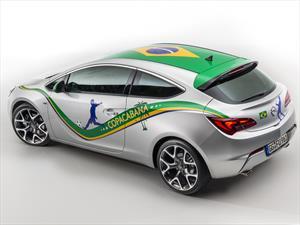 Opel Astra Copacabana: playa, brisa y por supuesto, fútbol