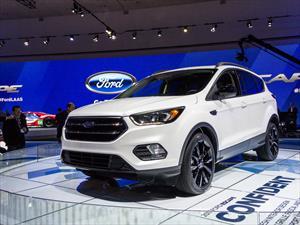 Ford Escape 2017 luce su cambio en Los Ángeles