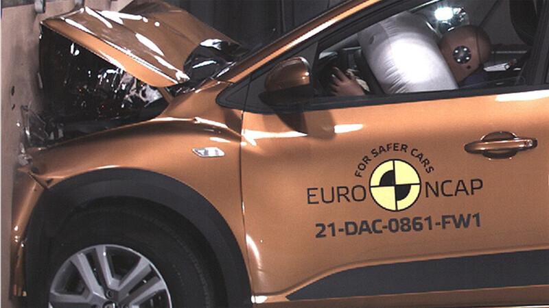 Nuevo Sandero se somete a las pruebas de seguridad de Euro NCAP