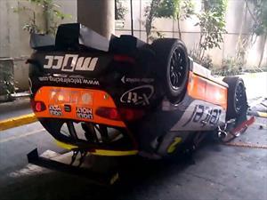 Video: Cae un SEAT León CUPRA de una plataforma