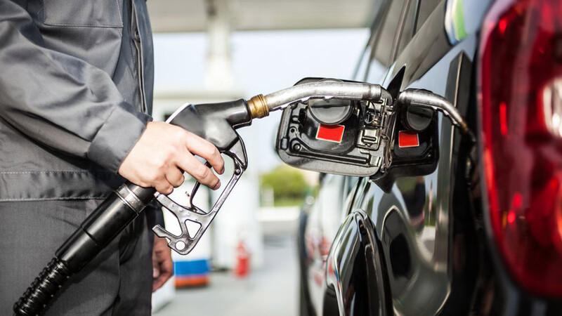 Con el celular podrás descubrir si te cargan menos combustible del que pediste