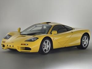 Un McLaren F1, jamás rodado sale a la venta