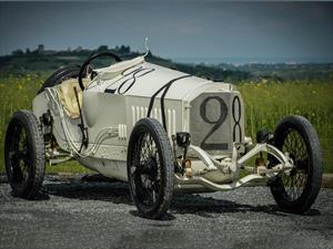 Este auto ganó las 500 Millas de Indianápolis hace 100 años