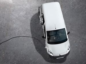 Citroën crece un 30% y anuncia su primer modelo eléctrico para Chile