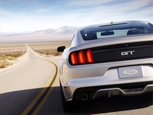 Ford Mustang es el deportivo más vendido en el primer trimestre de 2015