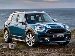 IIHS Top Safety Pick +: MINI Countryman 2017 se llevó las cinco estrellas