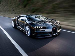 Bugatti Chiron acelera a más de 350 Km/h