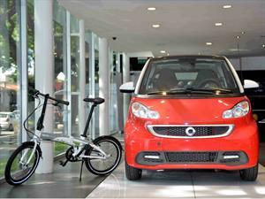 Ahora el smart passion coupé viene con una bici de regalo