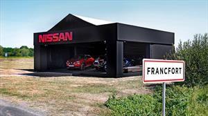 ¿Frankfurt o Fráncfort? A Nissan no le importa