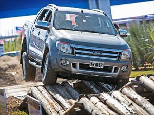 Ford monta una pista 4x4 en Expoagro