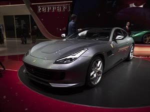Ferrari GTC4Lusso T se presenta