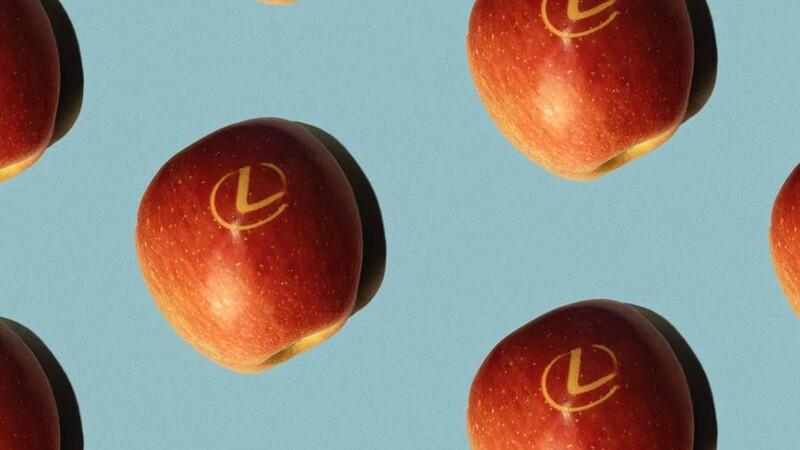 ¿Es cierto que Lexus también se dedica a la producción de manzanas?