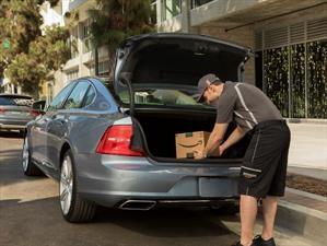 Propietarios de automóviles General Motors y Volvo podrán recibir paquetes de Amazon en el maletero