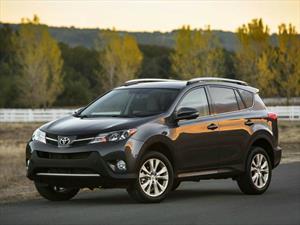 Recall de Toyota a 420,000 unidades del RAV4