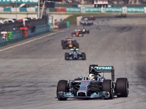 F1: Hamilton gana en Bahrein y Checo termina en tercero