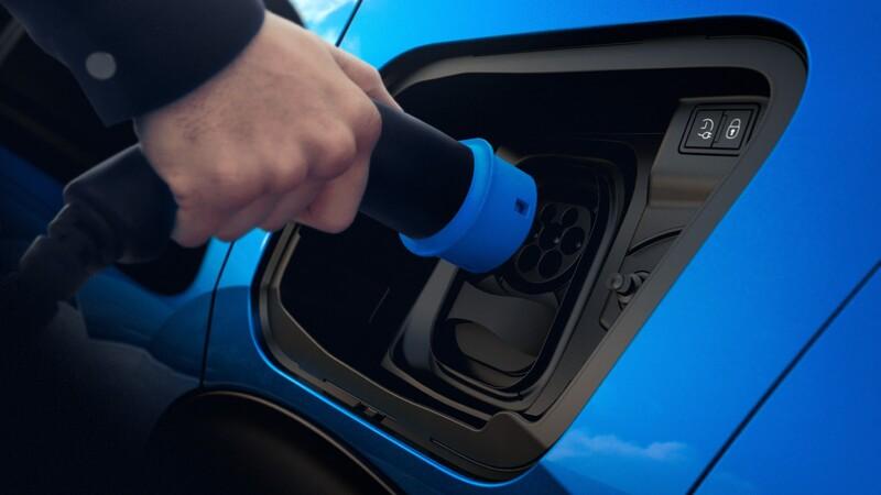 En 2030, uno de cada tres autos vendidos en el mundo será eléctrico