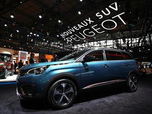 Nuevo Peugeot 5008, cruzando al SUV mundo
