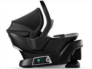 4Mom self-installing car seat es la silla de seguridad para bebé del futuro