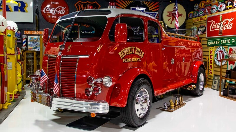 Este camión de bomberos Kenworth de 1941 vale muchos miles de dólares