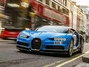 ¿Cuánto combustible consume un Bugatti Chiron?