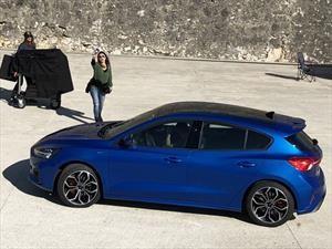 El nuevo Ford Focus fue espiado sin camuflaje