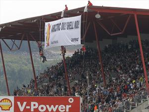 Video: Greenpeace irrumpe en el podio de la F1