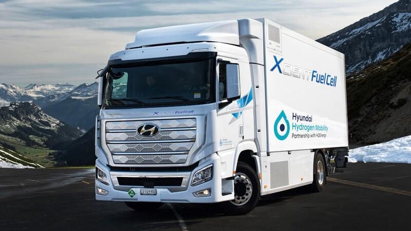 Hyundai entrega su primera flota de camiones eléctricos con celdas de hidrógeno
