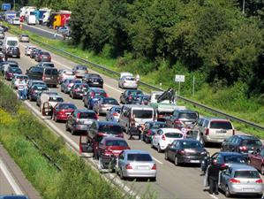 Más de 41 millones de estadounidenses viajarán en auto en el fin de semana de Acción de Gracias
