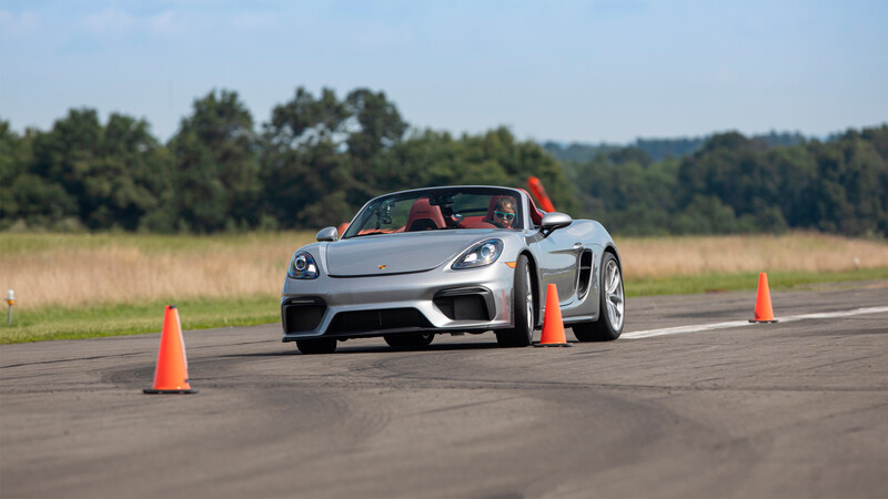 Porsche 718 Spyder impone nuevo récord en prueba de slalom